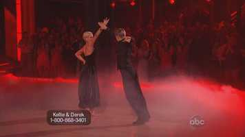 The trio dance that Derek performed with Kellie and Tristan was very much an example of this issue.