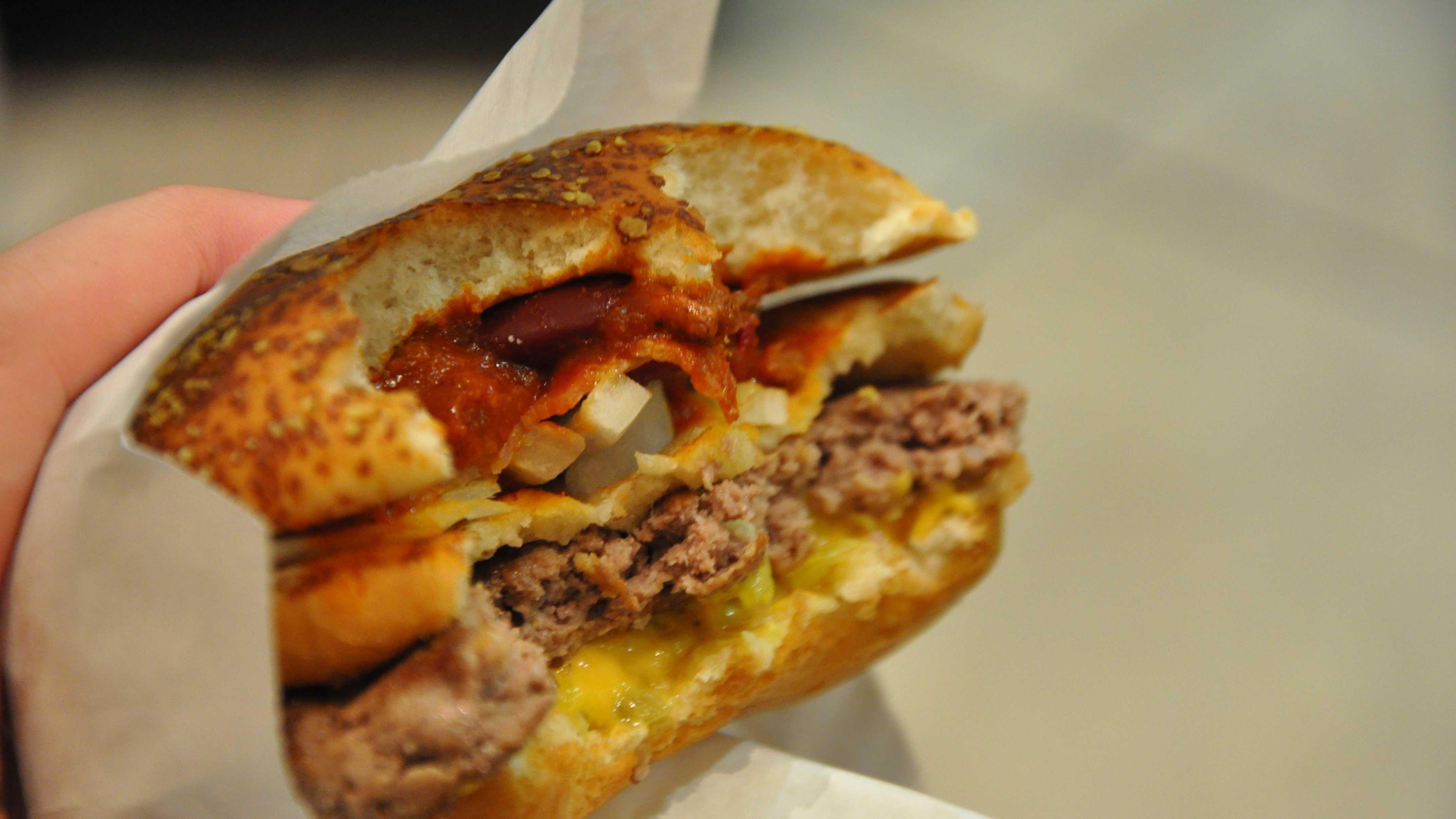 McDonalds hamburger 051313.jpg