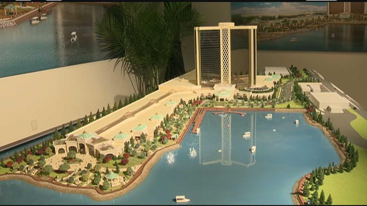 Casino mogul unveils model for Everett resort