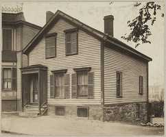 The Enwright House located on 894 Broadway in South Boston during the 1930s. Check out the street view of 894 E Broadway on Google maps! The house looks almost identical, but a tree grew right in front of it.