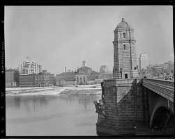 View of the Longfellow Bridge looking toward the Charles Street Jail in 1940