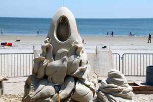 Sculptor Justin Gordon is from Groveland, Mass.