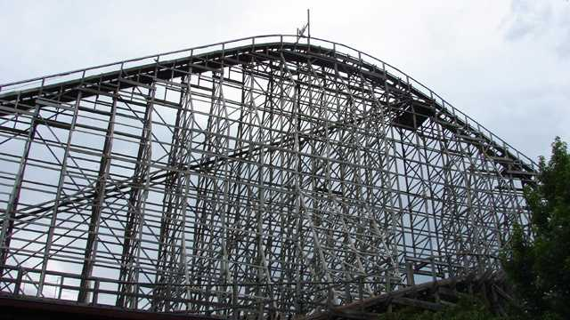 SixFlagsTexasGiant roller coaster