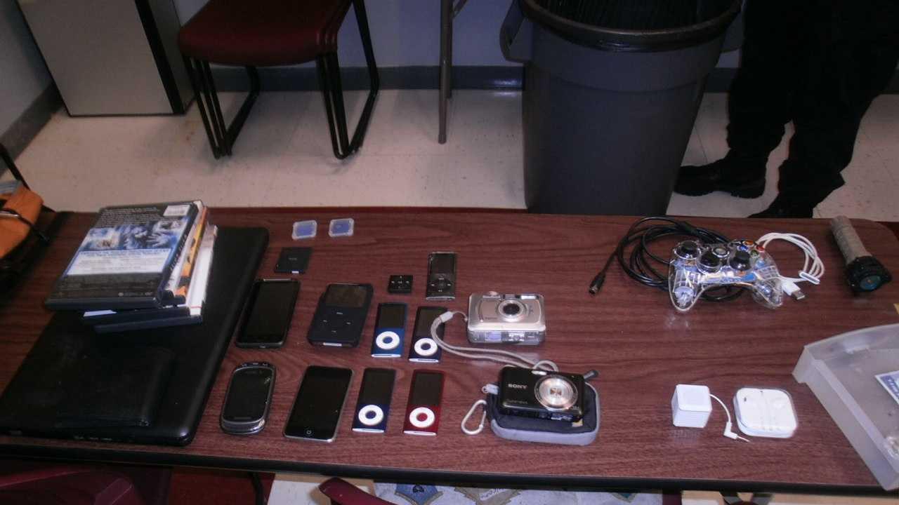 Rockland car theft electronics 081013