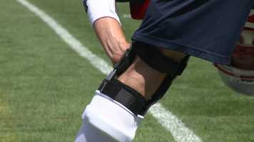 A close-up of the brace he was wearing.