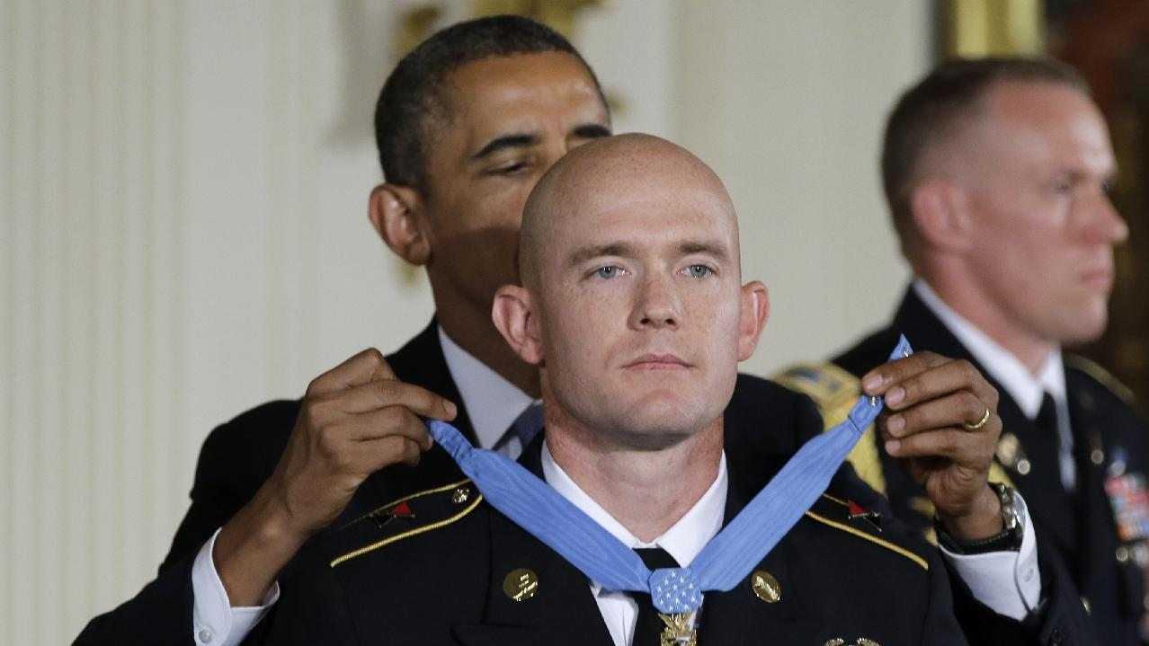 Obama Medal of Honor (1).jpg