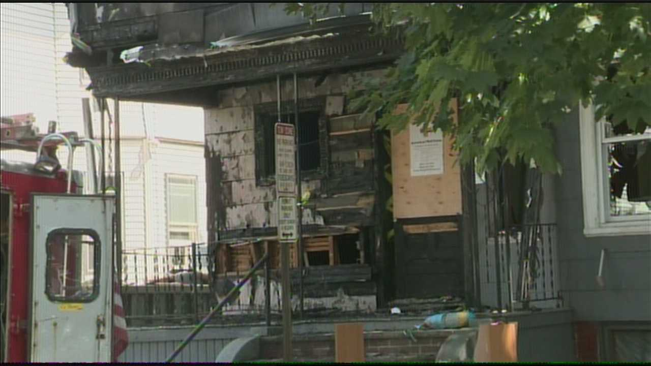 img-2-alarm fire rips through Somerville home