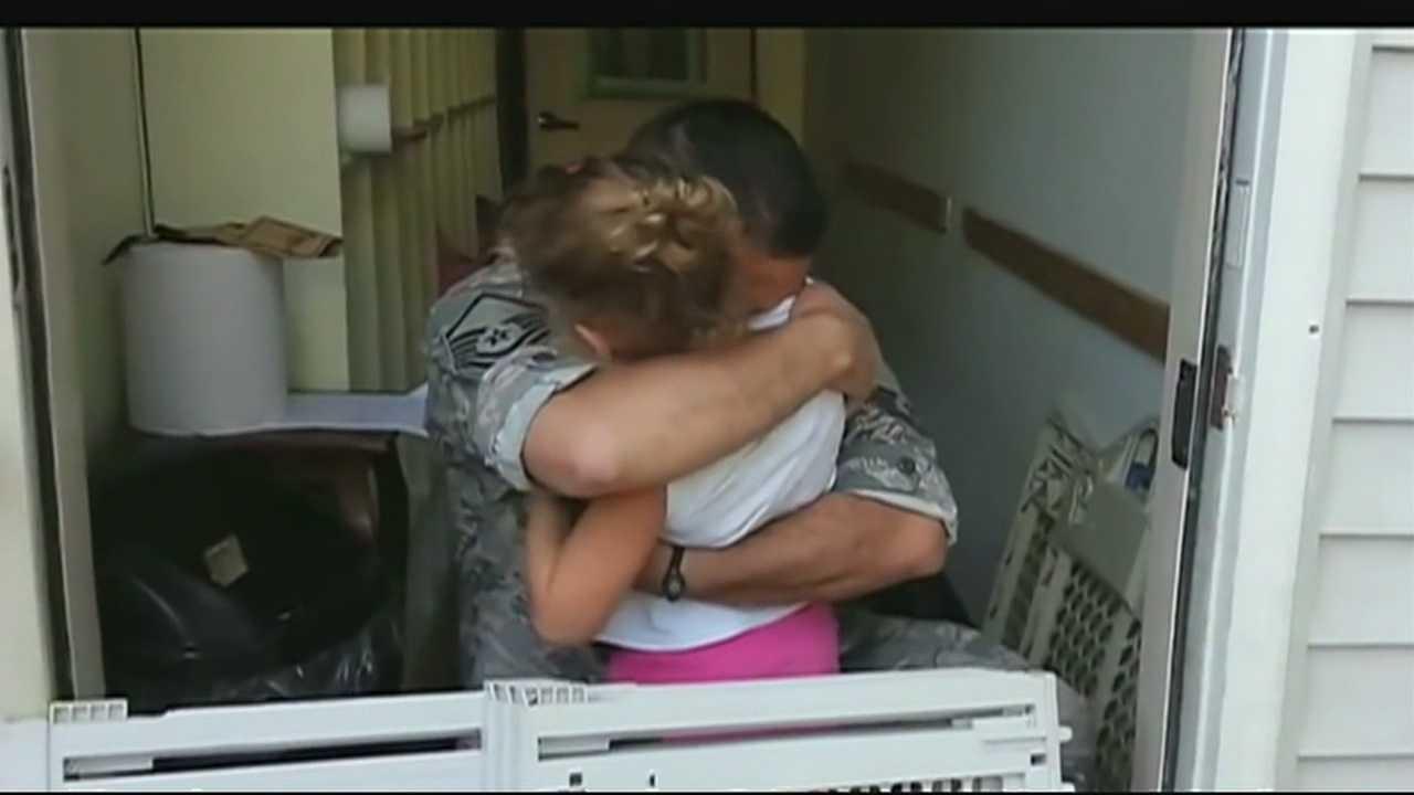 Guardsman has emotional reunion with daughter, 5
