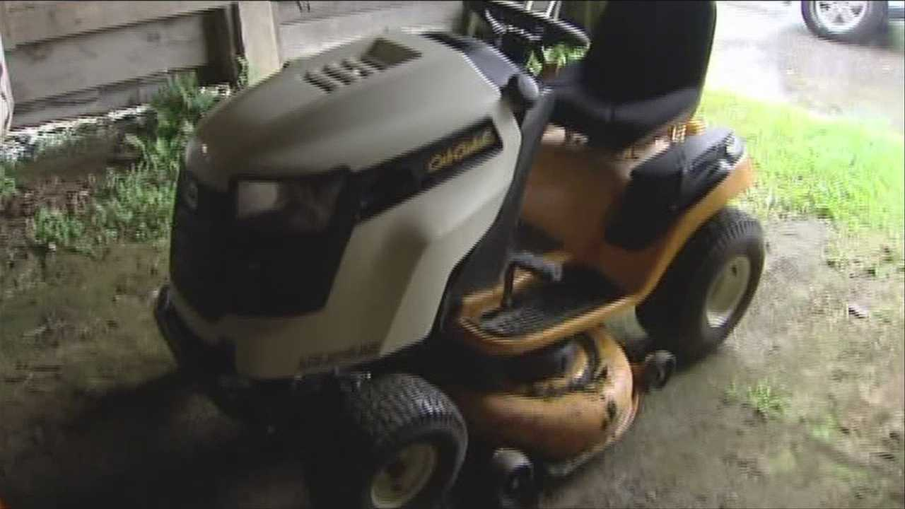 Police: Woman assaults officer after trying to get on highway riding a lawn mower