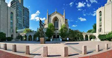 4)Boston University. Nearly 15,000 students attend the school. In 2012, police reported 369 incidents of crime. There were 20 incidents of property crime, which includes forcible rape, robbery andaggravatedassault.