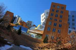 3)Massachusetts Institute of Technology in Cambridge