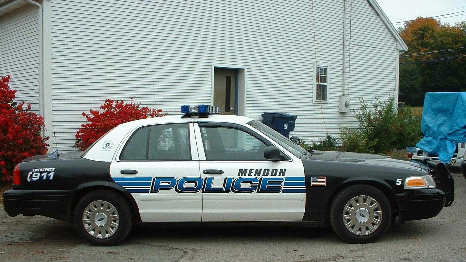 Mendon Police Cruiser 102113