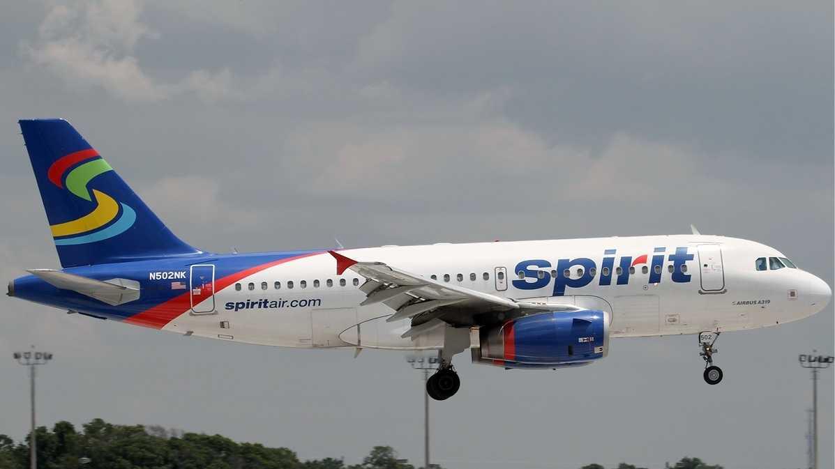 Spirit Airlines 102213