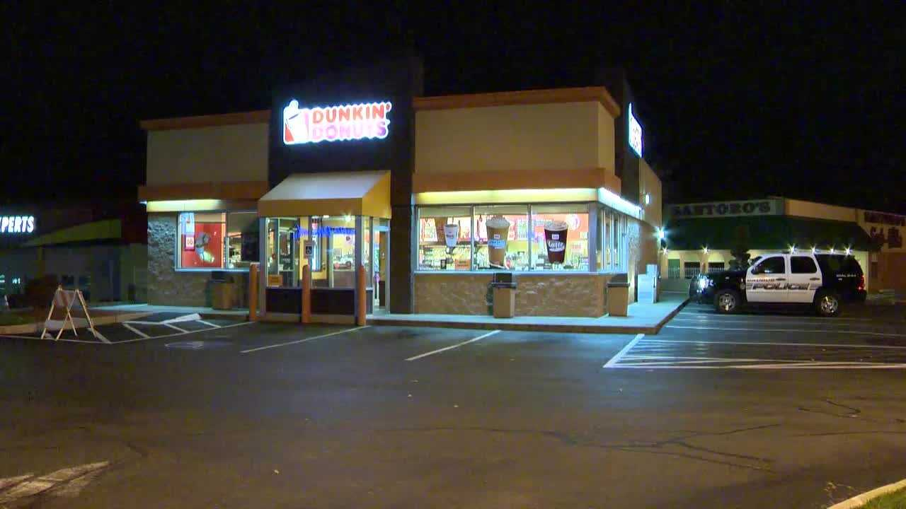Saugus Dunkin robbed 117