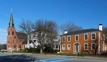 #35 Rockland: Average home price for a 4-bedroom, 2-bath home is $428,892
