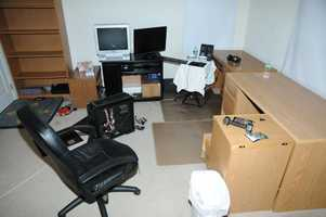 This photo shows the computer room used by Lanza.