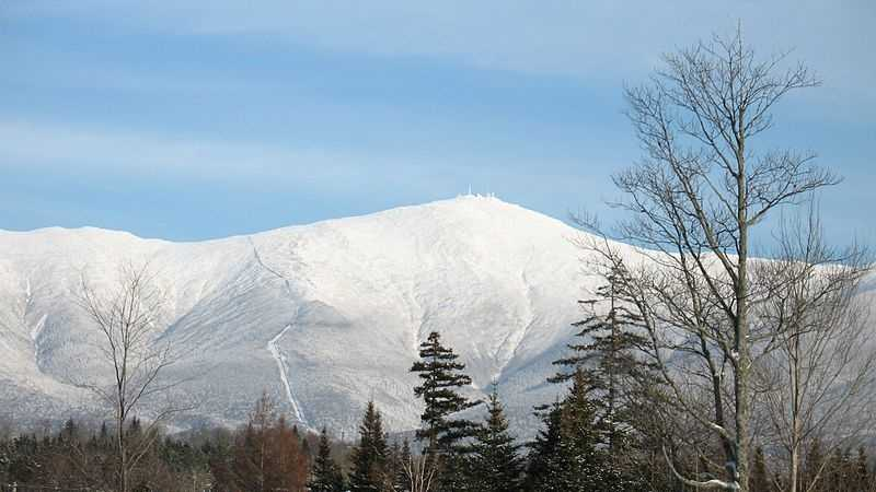 800px-Mt._Washington_from_Bretton_Woods 120813.JPG