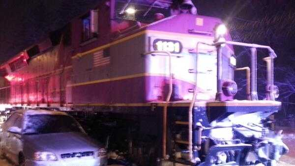 Cohasset car vs train 121713