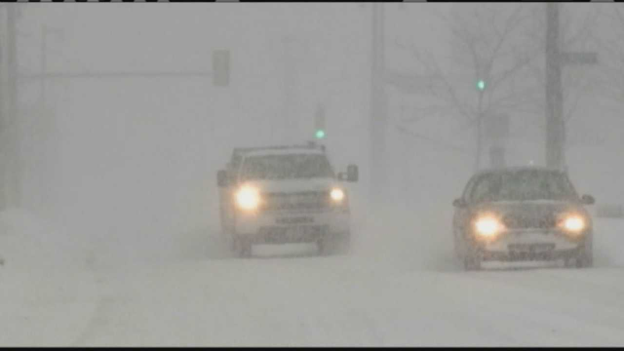 Snow, generic, daytime highway