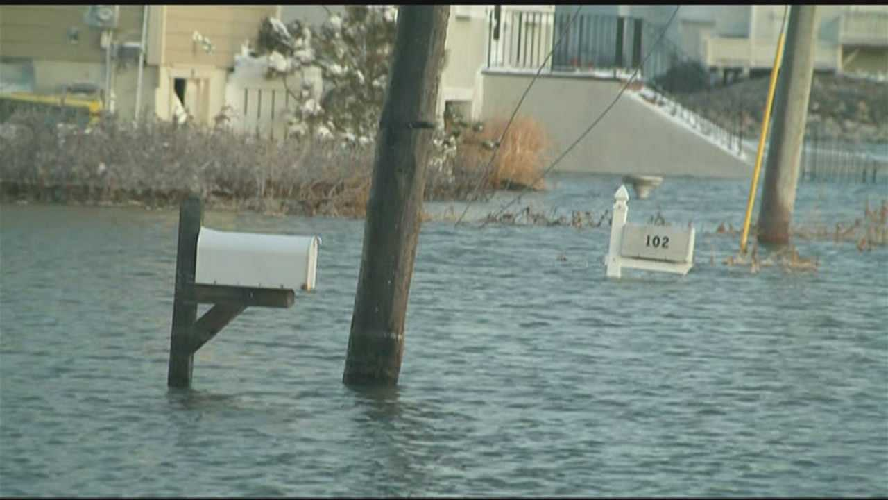 Blizzard-driven waves flood Scituate neighborhood