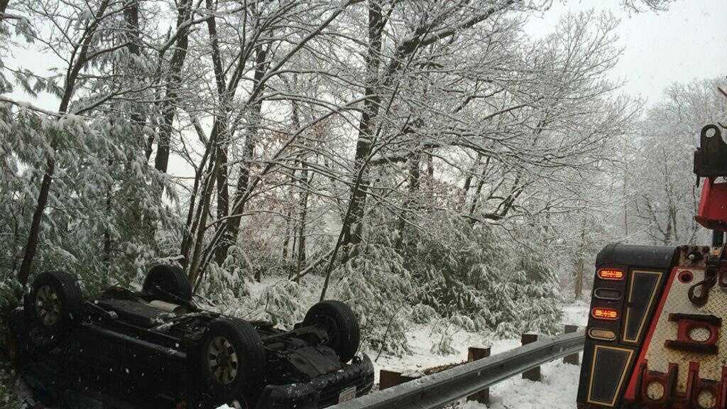 MSP snow rollover 011814