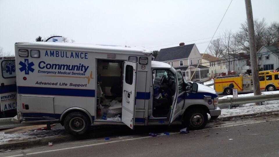 Milford Police - Ambulance 0121.jpg