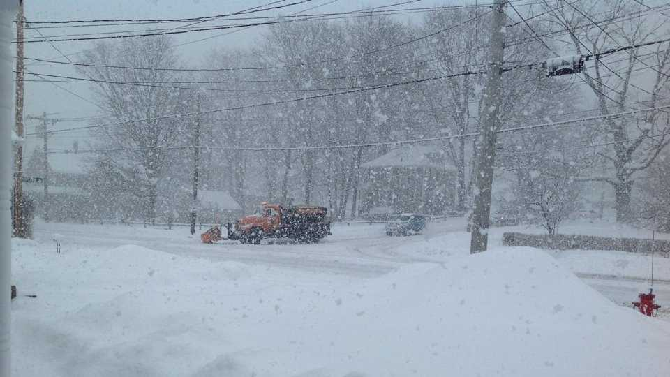 Snowy Street Corner 0218