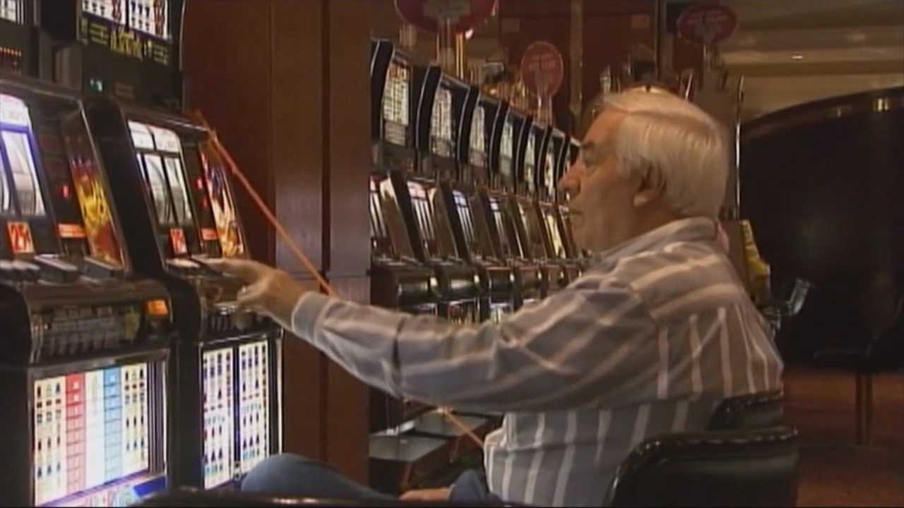 Plainville to get state slot parlor license
