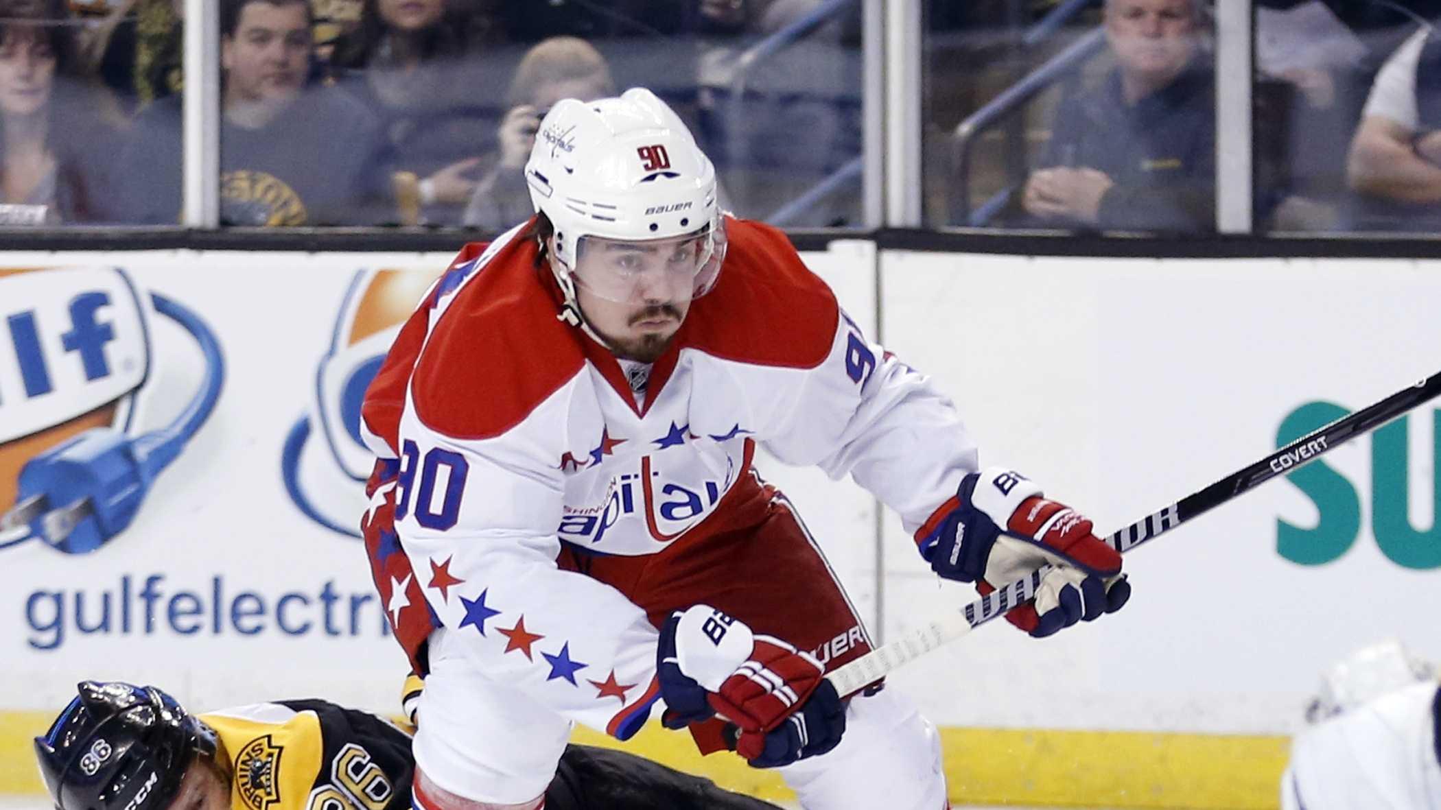 Bruins Capitals Kevin Miller 030114