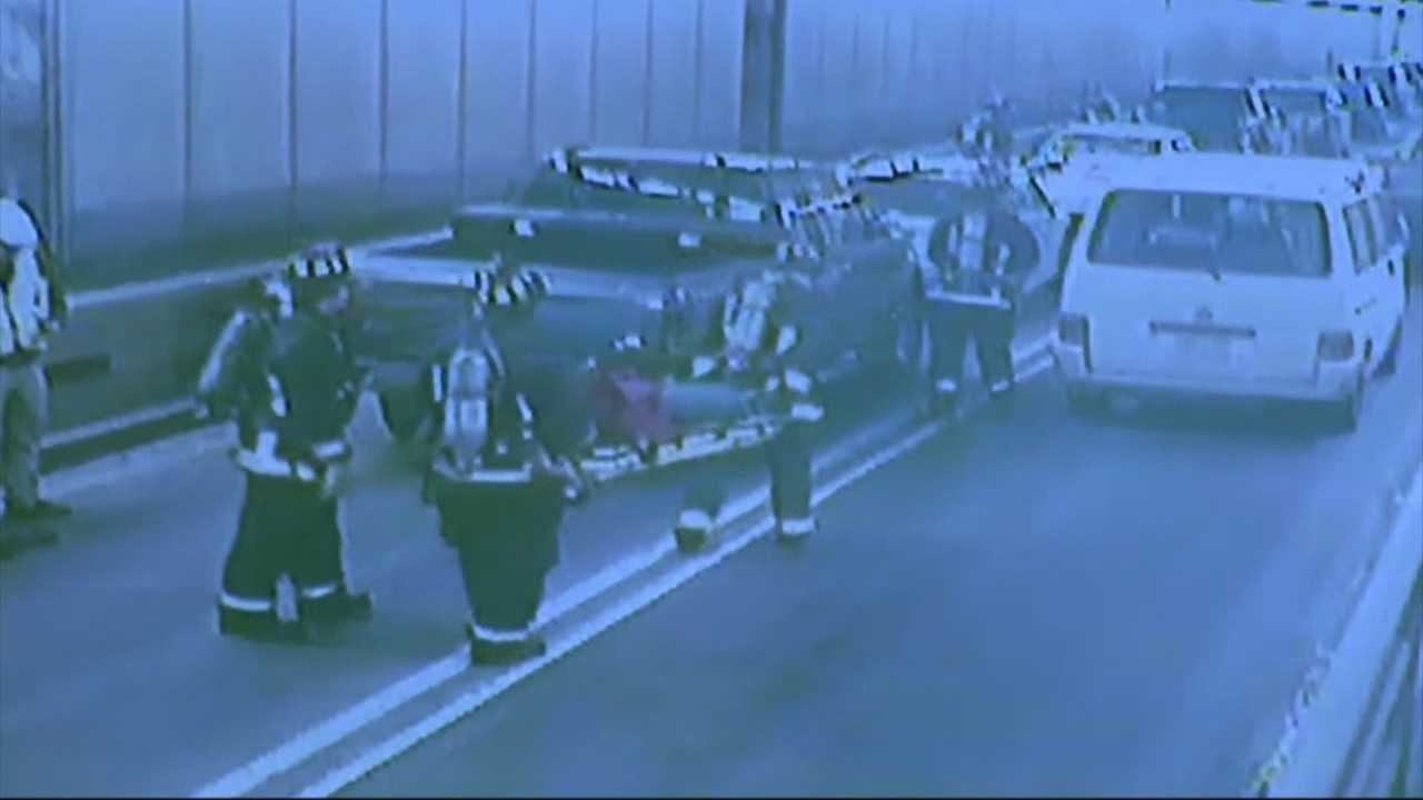 Sumner Tunnel drill:  Car fire traps people inside