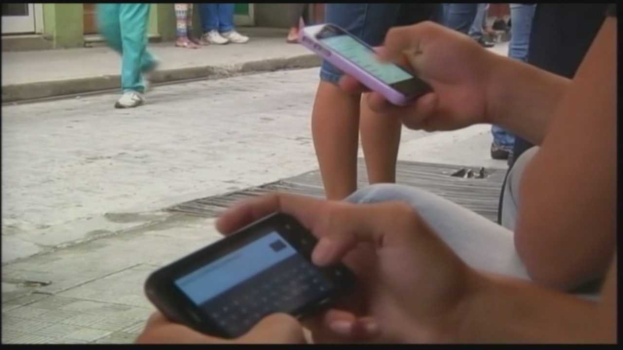 Report: US targeting Cuba with Twitter-type network