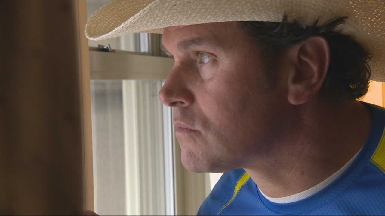 Carlos Arredondo becomes symbol of heroism after Boston Marathon bombings