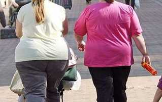 The average percentage of adults who are obese in Massachusetts is 24%.