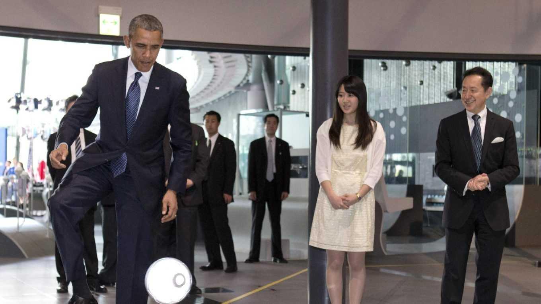 Obama Robot ASIMO 0424.jpg