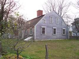 The Harlow Old Fort House, built in 1677, is in Plymouth. Sgt. William Harlow built the house using timbers from the Pilgrims' original fort on Burial Hill.