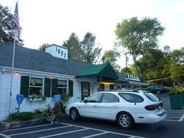 10. Bubbling Brook Restaurant - Westwood