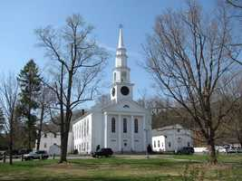 #29 Holliston: 4.54% population growth from 2010 to 2013. Current population of 14,162 according to the United States Census federal population estimate.