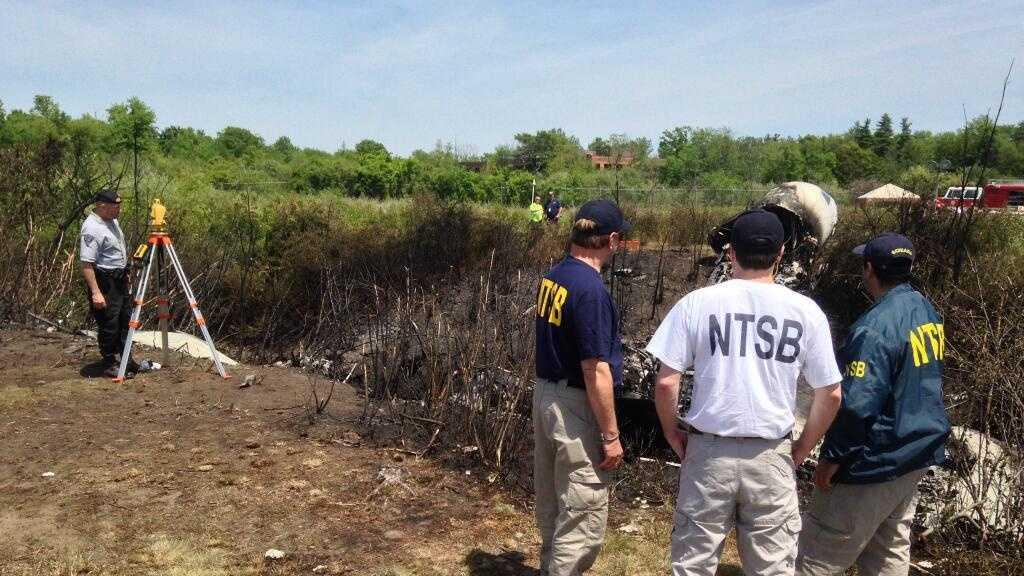 NTSB investigators at Hanscom crash 6.1.14