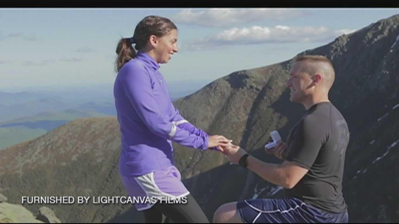Airman proposes on Mount Washington