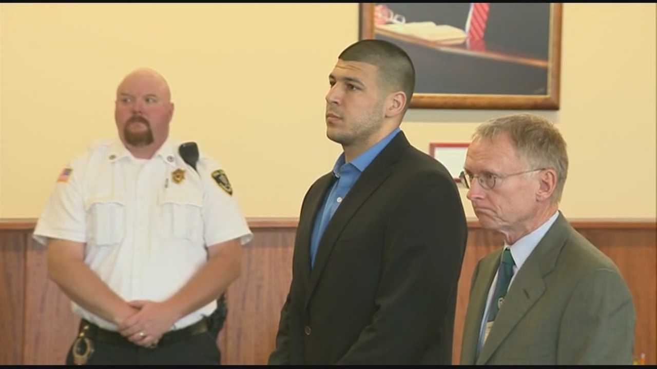 Ex-Patriot Aaron Hernandez seeks jail transfer
