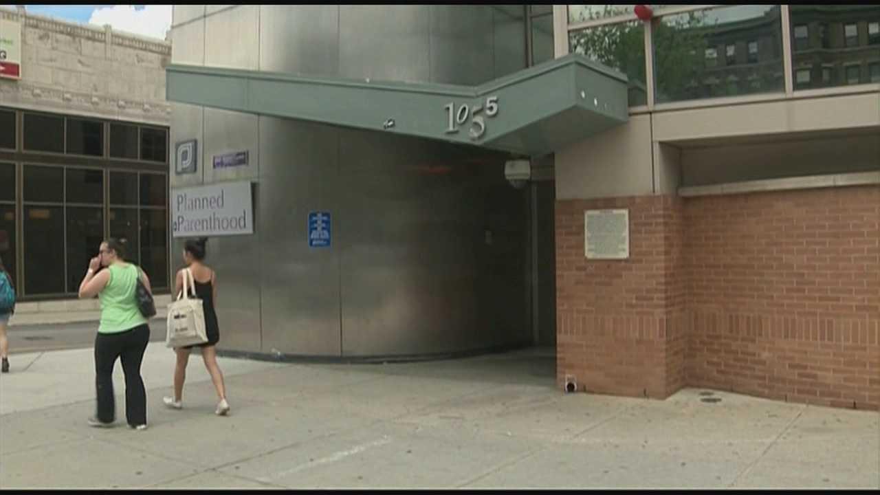 Massachusetts buffer zone law struck down
