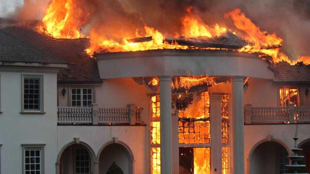mansion fire 4 070314.jpg