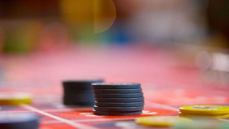 Generic Gambling Chips on Table 0704.jpg