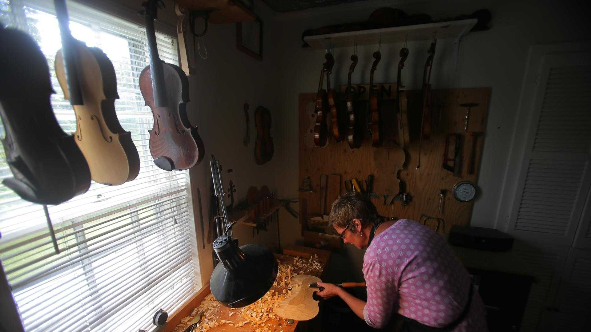 Rosemary Clancy Violin Maker