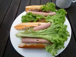 The healthier --- and less expensive -- alternative is a homemade turkey sandwich or leftover pasta.