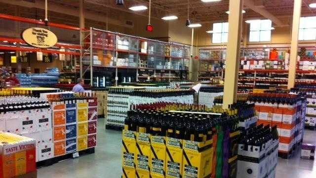 Wegmans 15,000 Sq Ft Wine Beer And Spirits Shop - 29485620