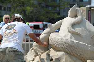 Sculptors are given 30 hours to complete their work and must take a 45 minute lunch break each day.