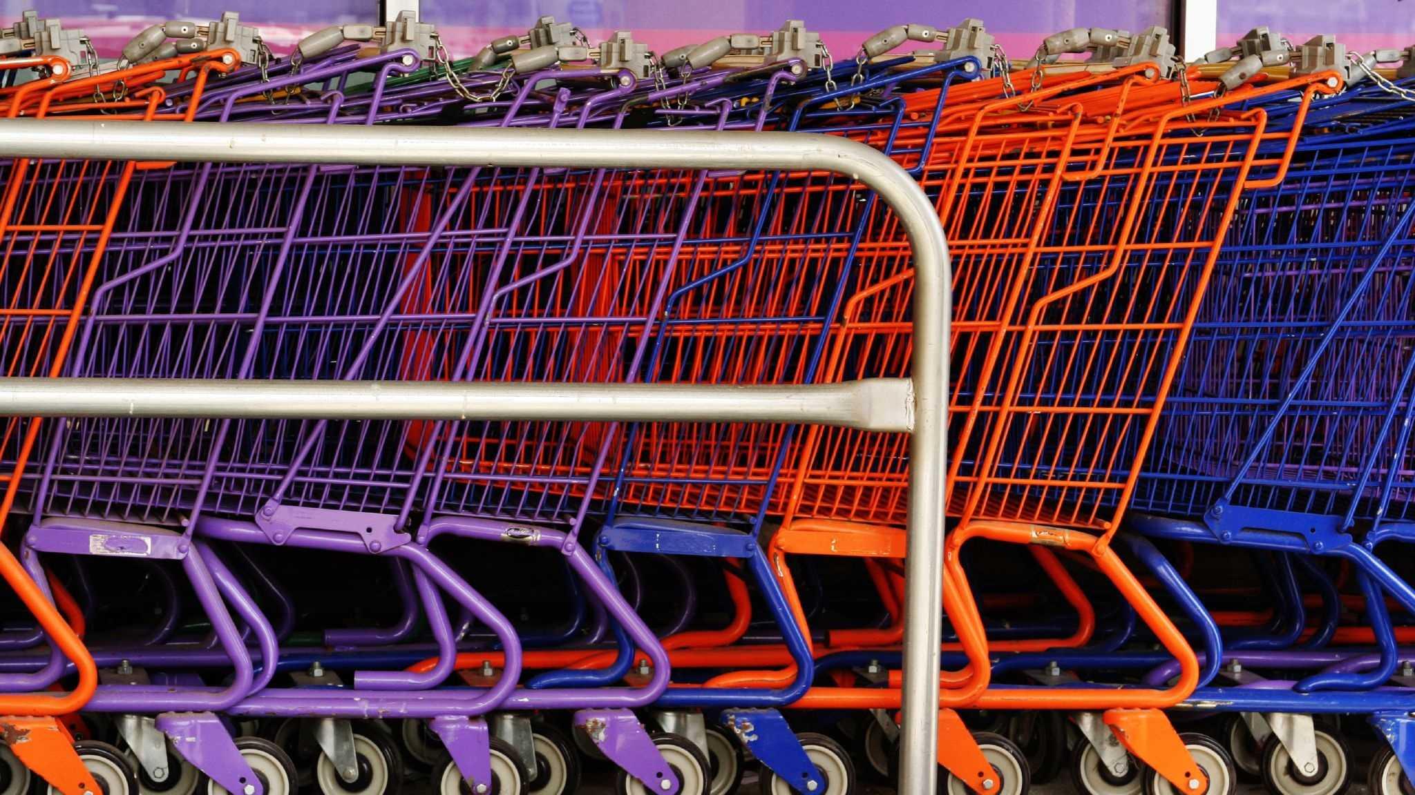 Colourful_shopping_carts.jpg