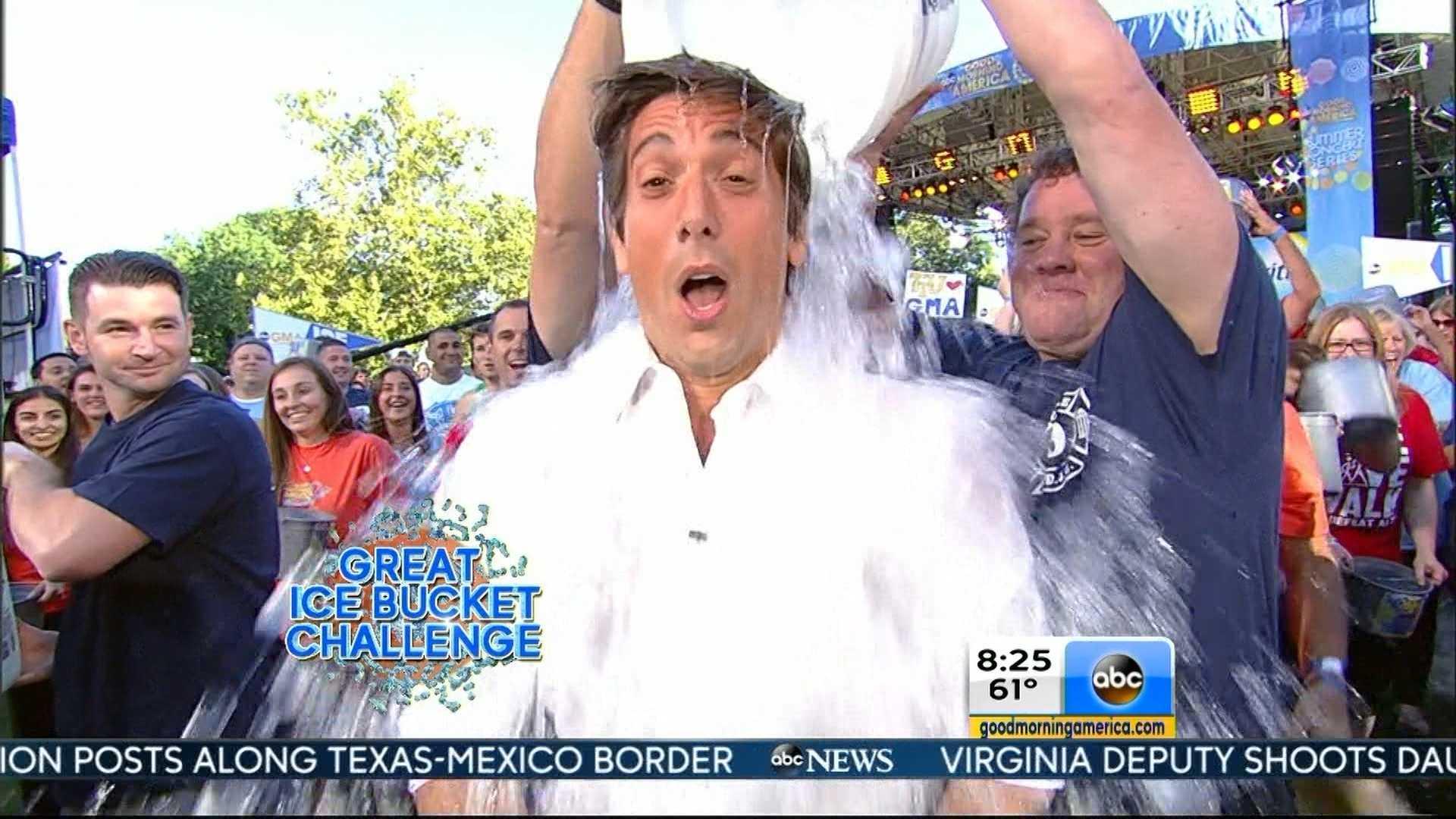 David Muir Ice Bucket Challenge 0815.jpg