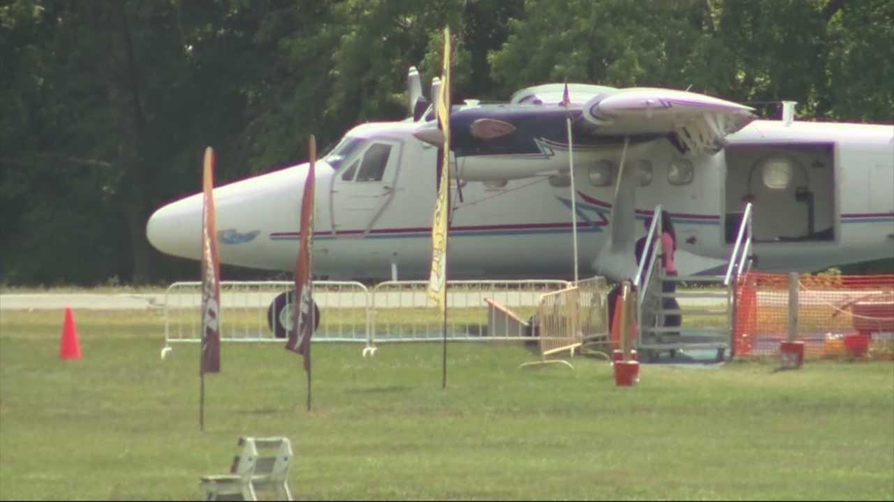 Skydiving accident kills Boston man